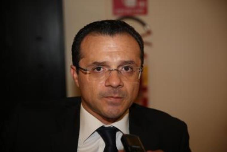images Coronavirus. Il Viminale denuncia il sindaco Messina per vilipendio alla Repubblica