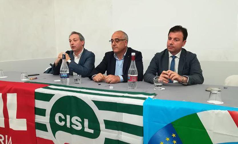 """images Coronavirus. Dopo l'ordinanza di chiusura della regione, i sindacati: """"Trovare contromisure per i lavoratori del porto di Gioia Tauro"""""""