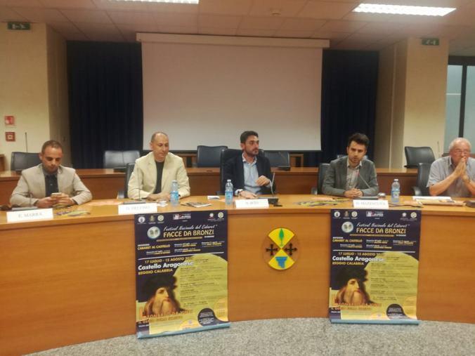 """images Nutrito programma per il festival """"Facce da Bronzi"""" a Reggio Calabria"""