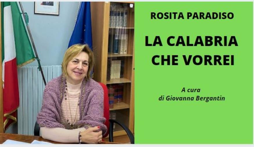 """images Rosita Paradiso, dirigente scolastico: """"Ragazzi, pensate con il cuore e sentite con la testa"""" (VIDEO)"""