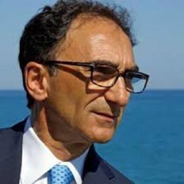 images Domani allerta arancione, il sindaco di Catanzaro raccomanda di non uscire di casa. Attivato il COC