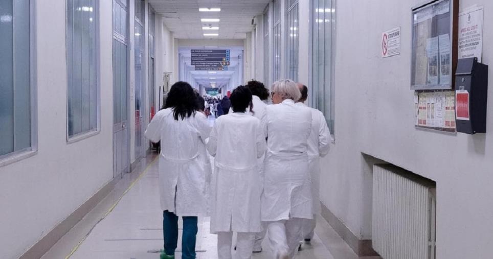 """images Asp e aziende ospedaliere calabresi in ritardo sugli aumenti contrattuali dei medici. L'Aaroi Emac: """"Entro febbraio o si va alla Corte dei Conti"""""""