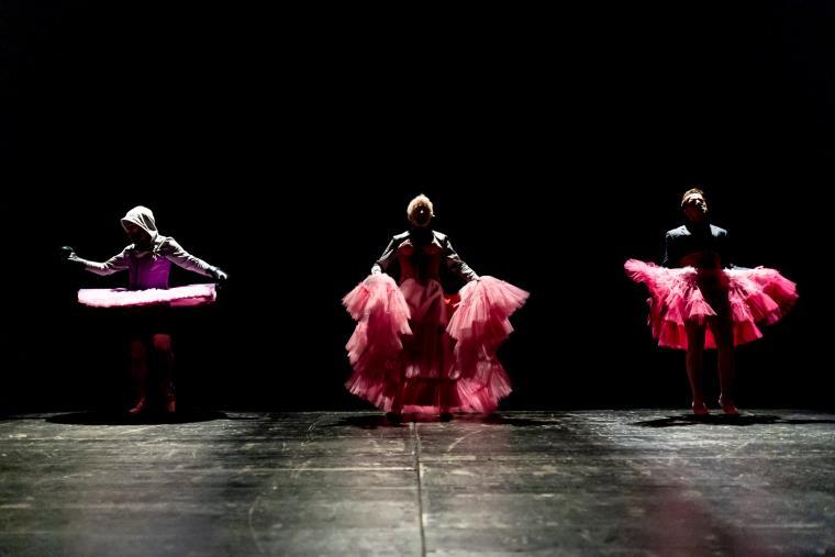 """Entra nel vivo """"Badolato Summer Theatre '21 – Artisti (sopravvissuti) in tempi di Covid (II)"""": si parte domani con """"L'altissimo Canto-In voce di Donna"""""""
