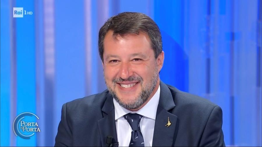 Regionali, domani Matteo Salvini ritorna in Calabria: il programma del tour, prima tappa Caraffa