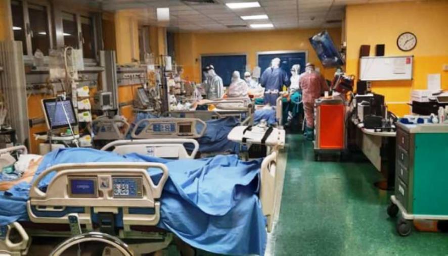 """Covid. Il direttore dell'ospedale di Padova: """"In terapia intensiva ci sono 10 pazienti, ma 7 sono vaccinati"""""""