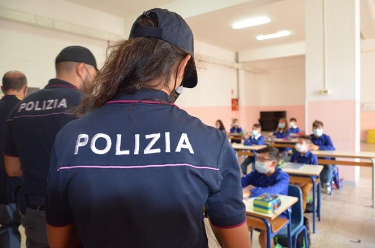 """""""Torneremo a scuola"""" con la Polizia di Stato: le forze dell'ordine vicine agli studenti"""