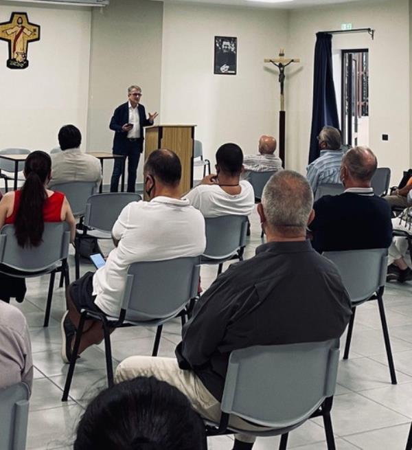 """Crotone. La prima assemblea pubblica dell'associazione """"Popolo & Identità"""""""