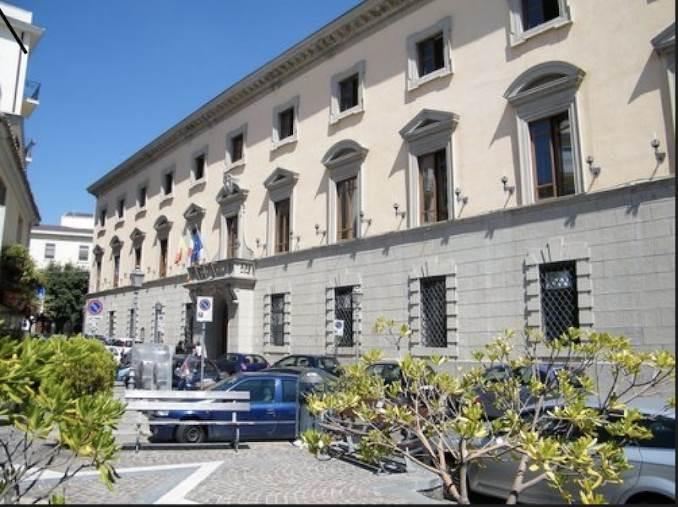 Comune di Catanzaro. Ultimo giorno di lavoro per il dirigente del settore servizi finanziari Pasquale Costantino