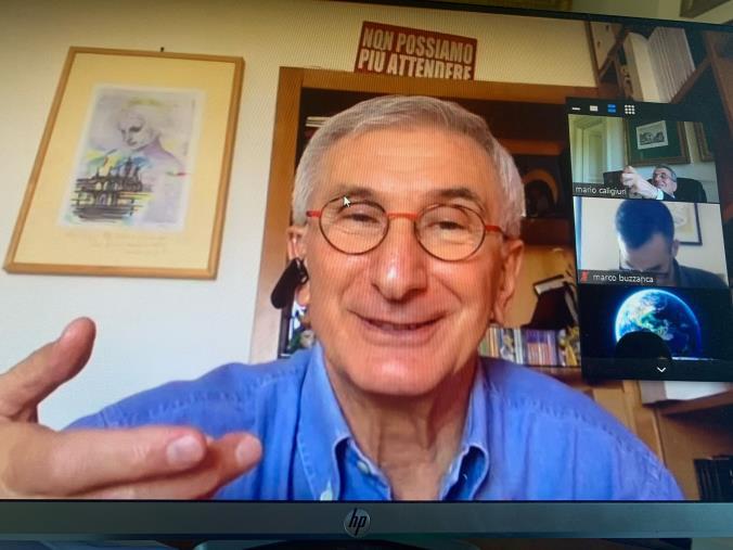 """Intelligence. Umberto Broccoli conclude il Master dell'Unical: """"L'uomo d'intelligence deve essere ricercatore, filosofo, uomo di pensiero e analisi"""""""