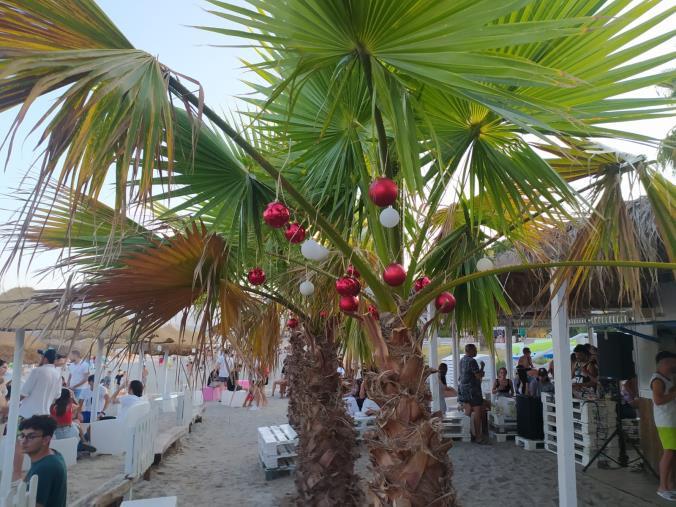 """Al Dadada beach tutto pronto per festeggiare il """"Natale"""" domenica"""