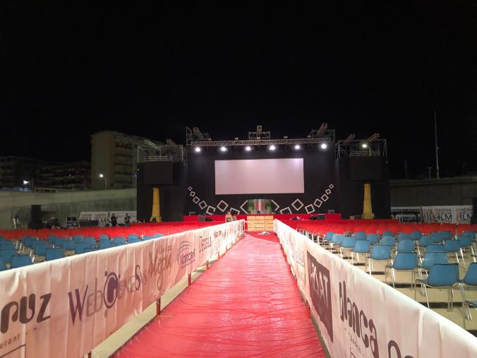 Tutto pronto per la prima serata della 18° edizione del Magna Graecia film festival: domani all'Arena di Catanzaro Lido